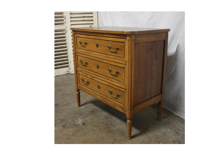 French 19th Century Louis XVI Commode In Good Condition For Sale In Atlanta, GA