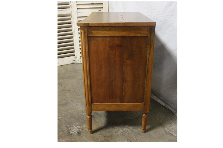 French 19th Century Louis XVI Commode For Sale 1