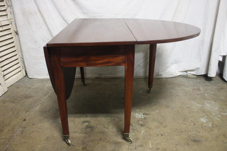 French 19th Century Louis XVI Drop-Leaf Table For Sale 2