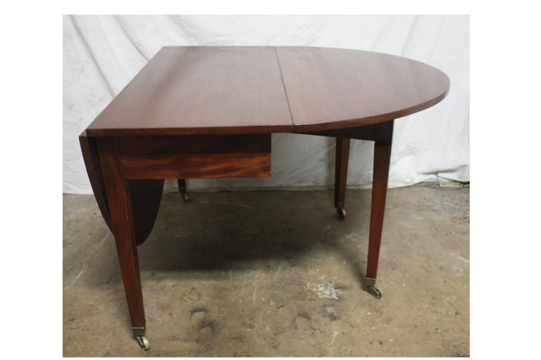 French 19th Century Louis XVI Drop-Leaf Table For Sale 3