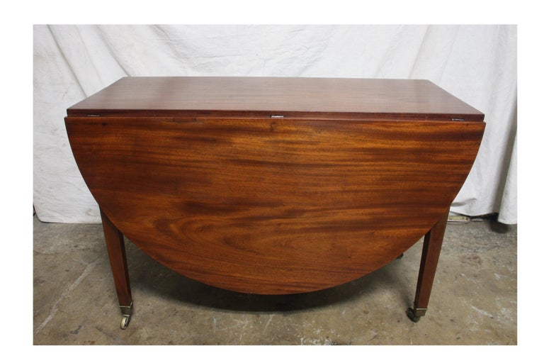 French 19th Century Louis XVI Drop-Leaf Table For Sale 4