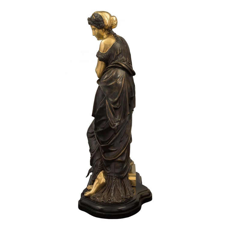 French 19th Century Louis XVI Style Bronze Statue of a Maiden For Sale 1