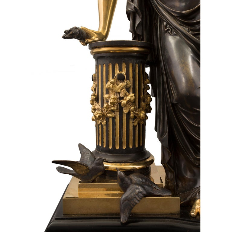 French 19th Century Louis XVI Style Bronze Statue of a Maiden For Sale 4