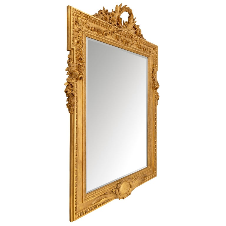 French 19th Century Louis XVI St. Giltwood Mirror In Good Condition For Sale In West Palm Beach, FL