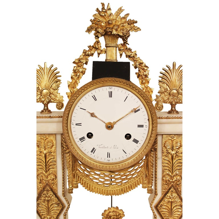 French 19th Century Louis XVI Style Marble and Ormolu Clock In Excellent Condition For Sale In West Palm Beach, FL