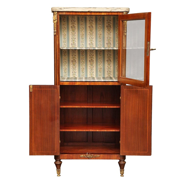 French 19th Century Louis XVI Style Tulipwood and Kingwood Inlaid Vitrine In Excellent Condition For Sale In West Palm Beach, FL