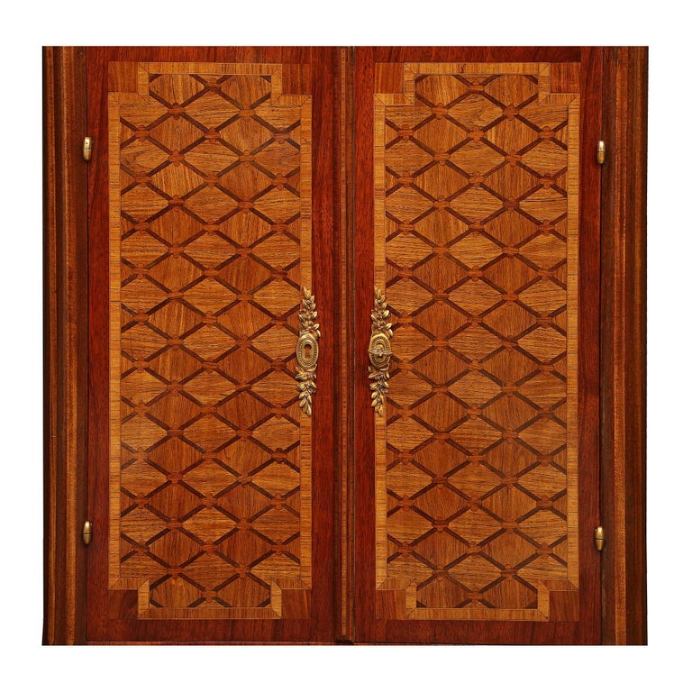 French 19th Century Louis XVI Style Tulipwood and Kingwood Inlaid Vitrine For Sale 2
