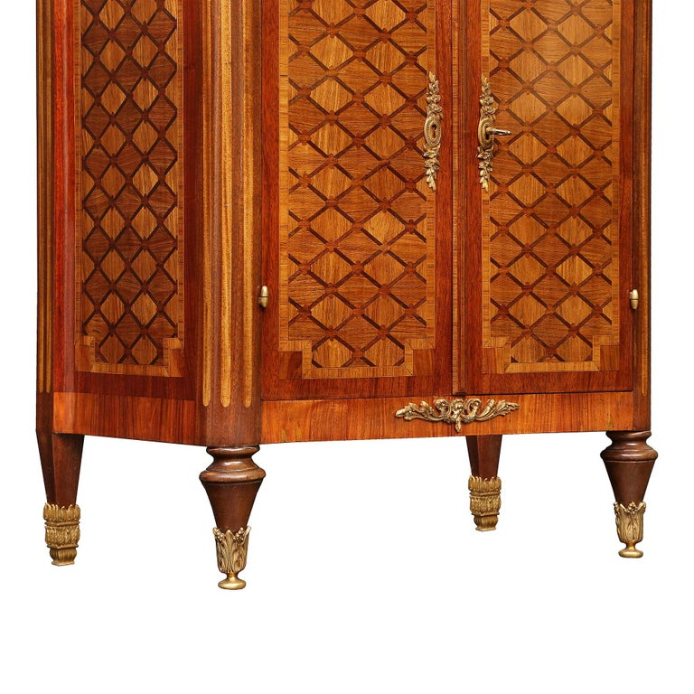French 19th Century Louis XVI Style Tulipwood and Kingwood Inlaid Vitrine For Sale 3