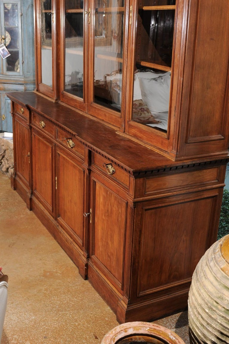 French 19th Century Louis XVI Style Blond Mahogany Bibliothèque with Glass Doors For Sale 7