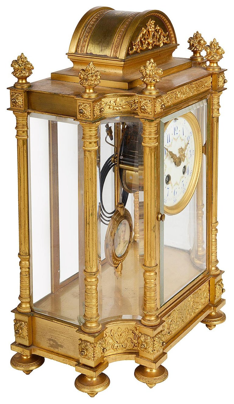 French 19th Century Louis XVI Style Ormolu Mantel Clock For Sale 3