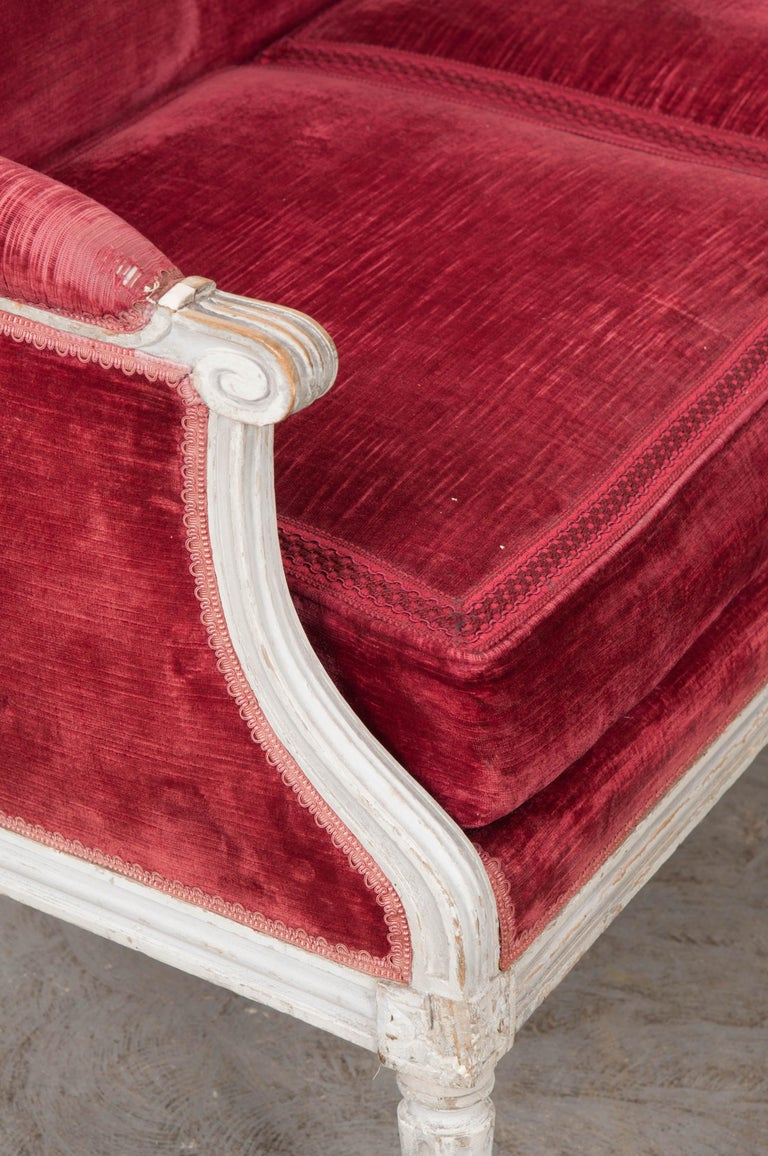 French 19th Century Louis XVI-Style Settee For Sale 4