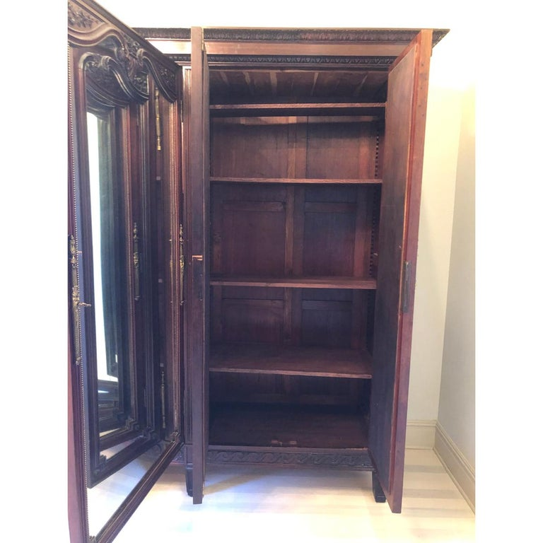 French 19th Century Mahogany Armoire In Good Condition For Sale In Baton Rouge, LA