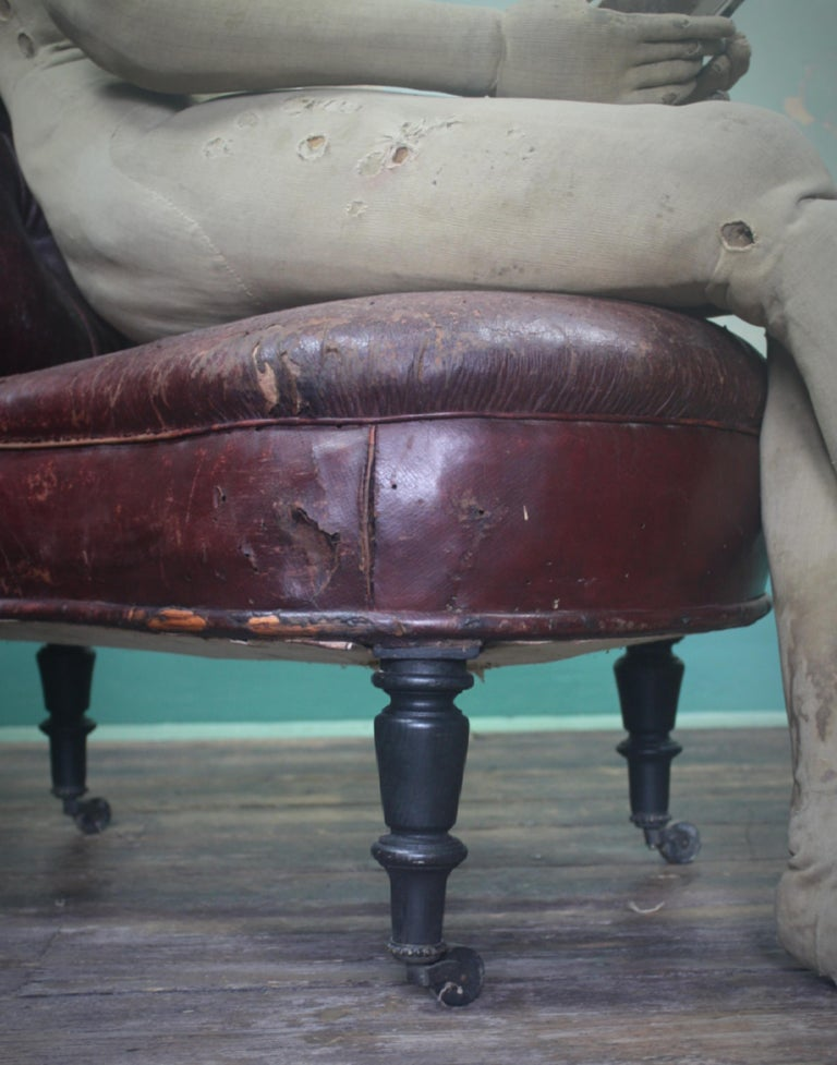 French 19th Century Napoleon III Curios Double Ended Maroon Leather Chair For Sale 3
