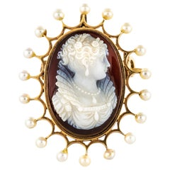 French 19th Century Natural Pearl Agate Cameo Brooch