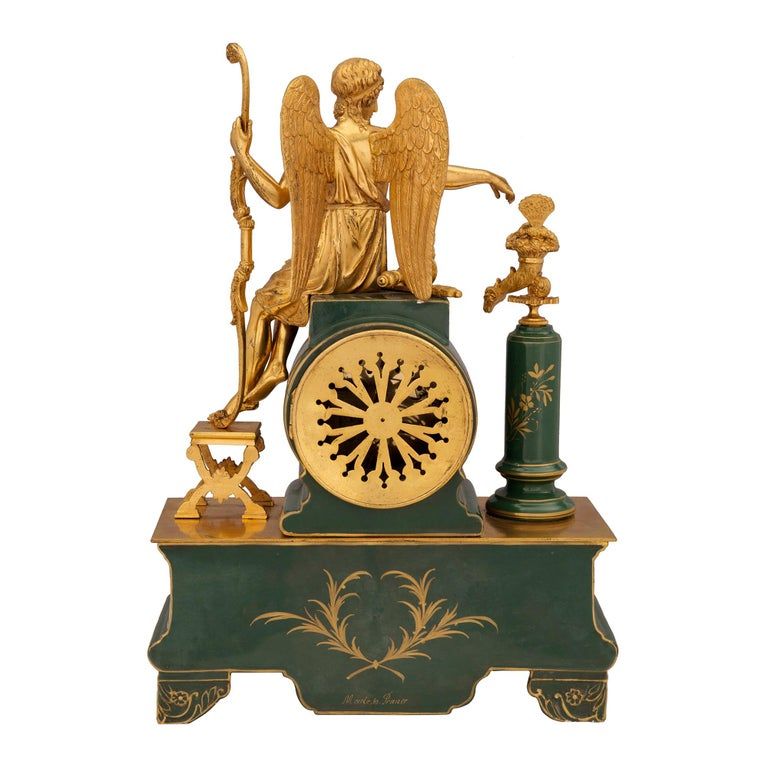 French 19th Century Neoclassical Style Porcelain and Ormolu Clock For Sale 1
