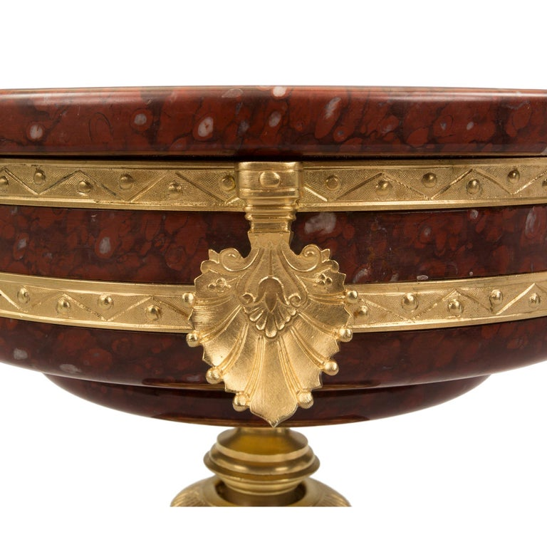 French 19th Century Neoclassical Style Marble and Ormolu Tazza For Sale 3