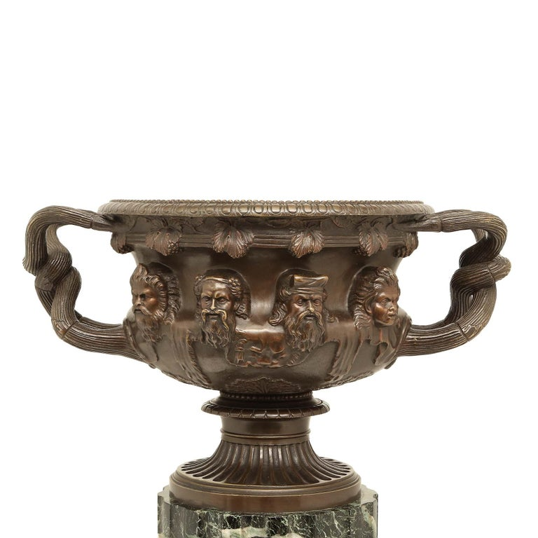 French 19th Century Neoclassical Style Patinated Bronze Tazza For Sale 2