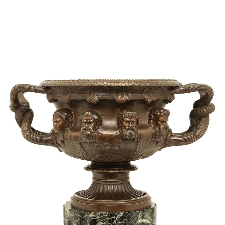 French 19th Century Neoclassical Style Patinated Bronze Tazza For Sale 3