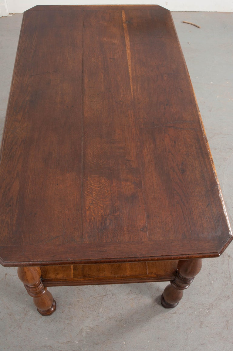 French 19th Century Oak Drapery Table For Sale 3