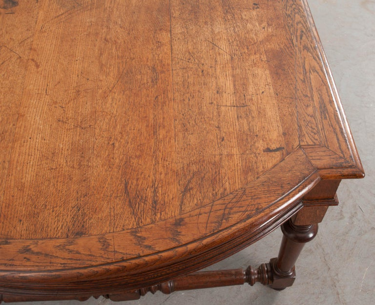 French 19th Century Oak Sewing Table In Good Condition For Sale In Baton Rouge, LA