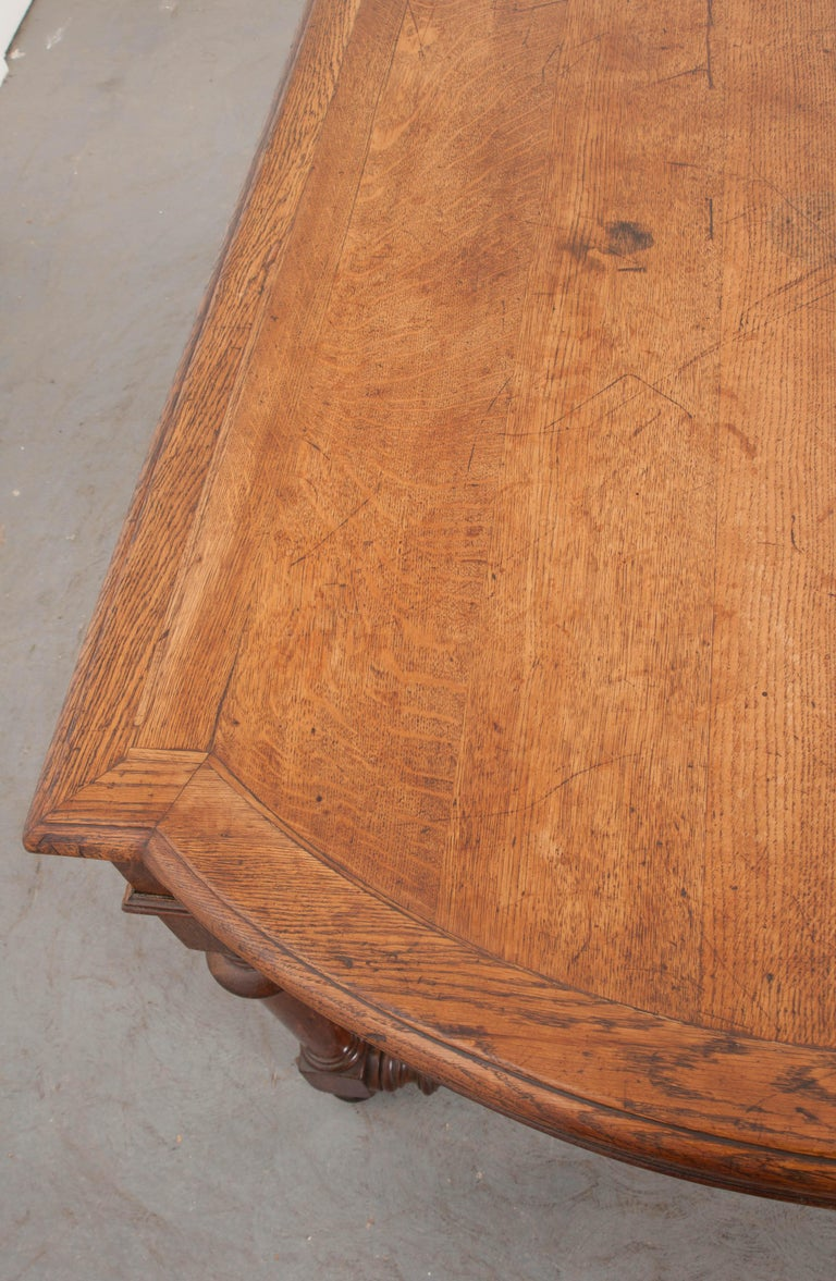 French 19th Century Oak Sewing Table For Sale 1