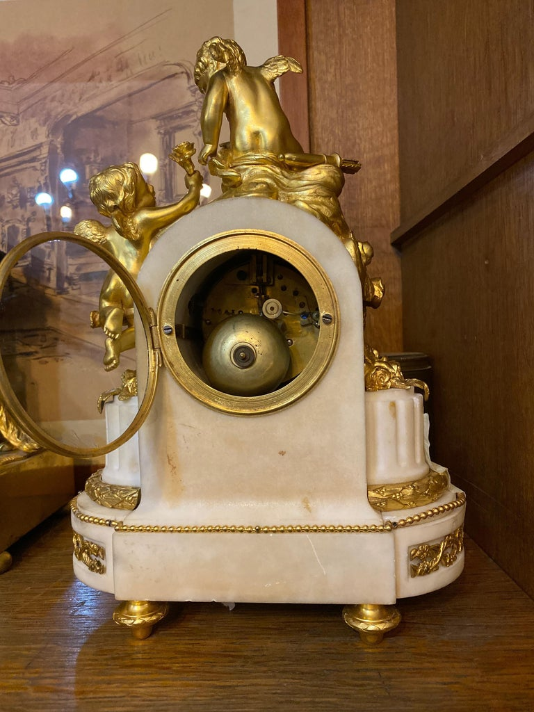 Mid-19th Century French 19th Century Ormolu White Marble Mantel Clock For Sale