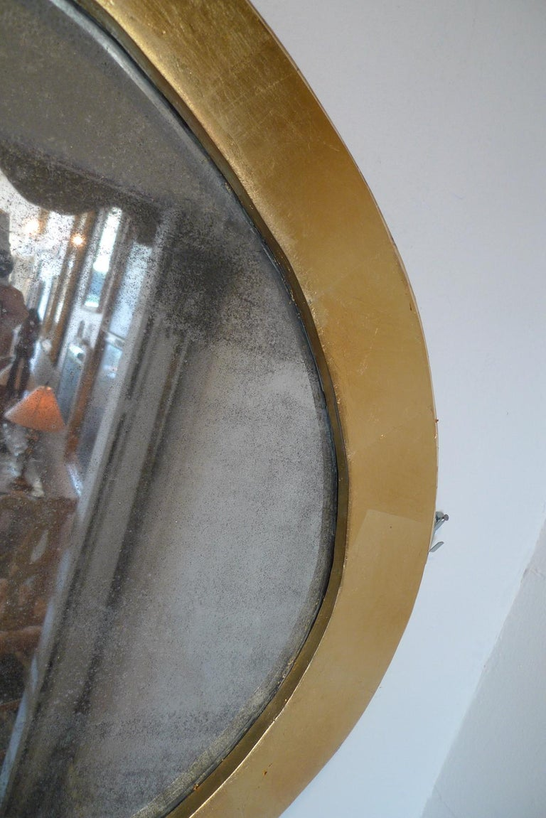 French 19th Century Oval Gold Painted Oval Wood Framed Mirror and Original Glass In Distressed Condition For Sale In Santa Monica, CA