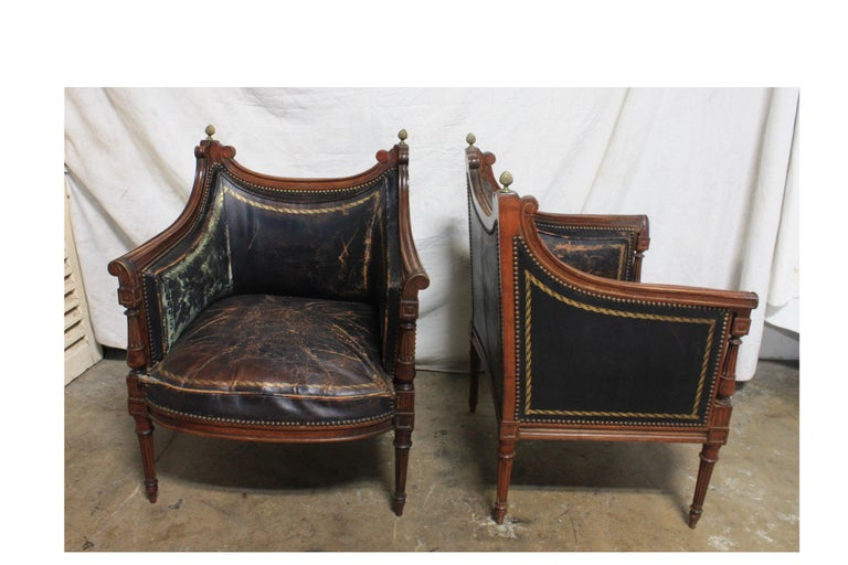 French 19th Century Pair of Bergère Chairs In Good Condition For Sale In Atlanta, GA