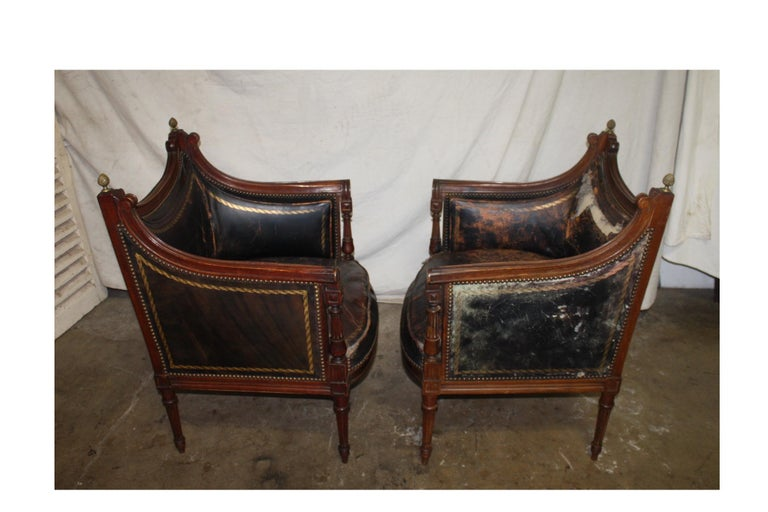 French 19th Century Pair of Bergère Chairs For Sale 1