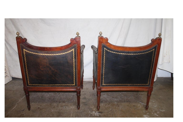 French 19th Century Pair of Bergère Chairs For Sale 2
