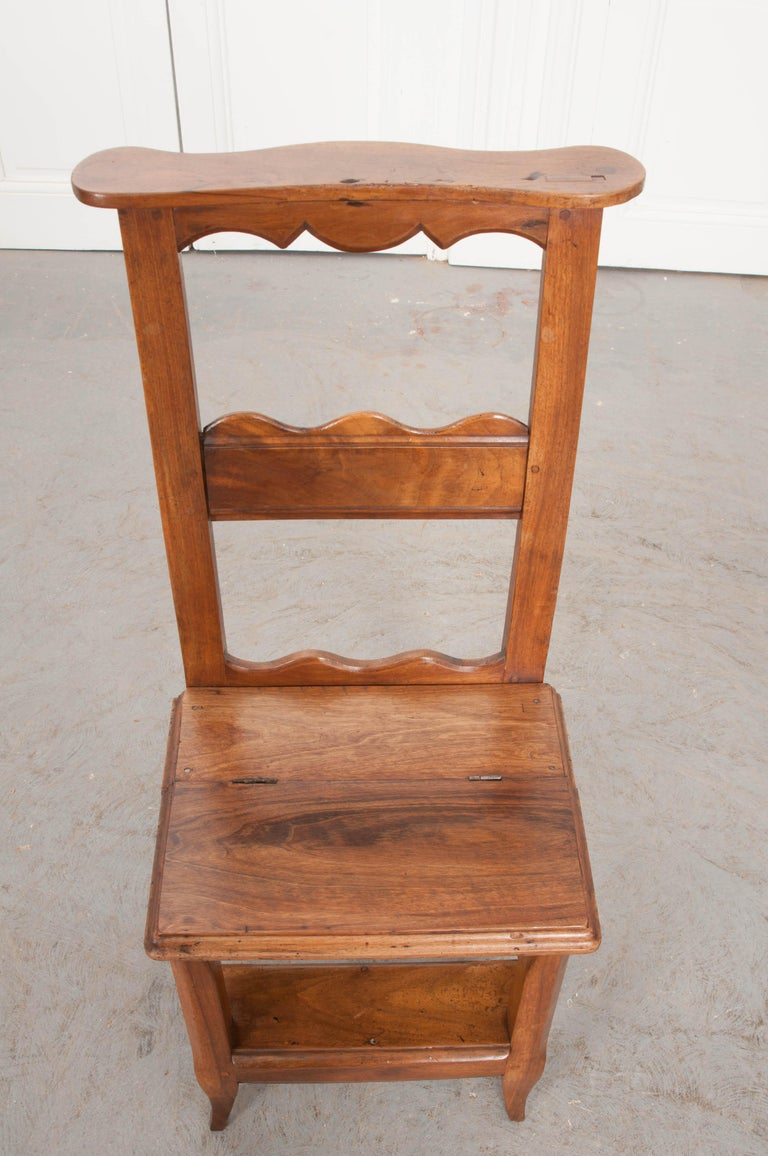 Late 19th Century French 19th Century Provincial Walnut Prie-Dieu For Sale