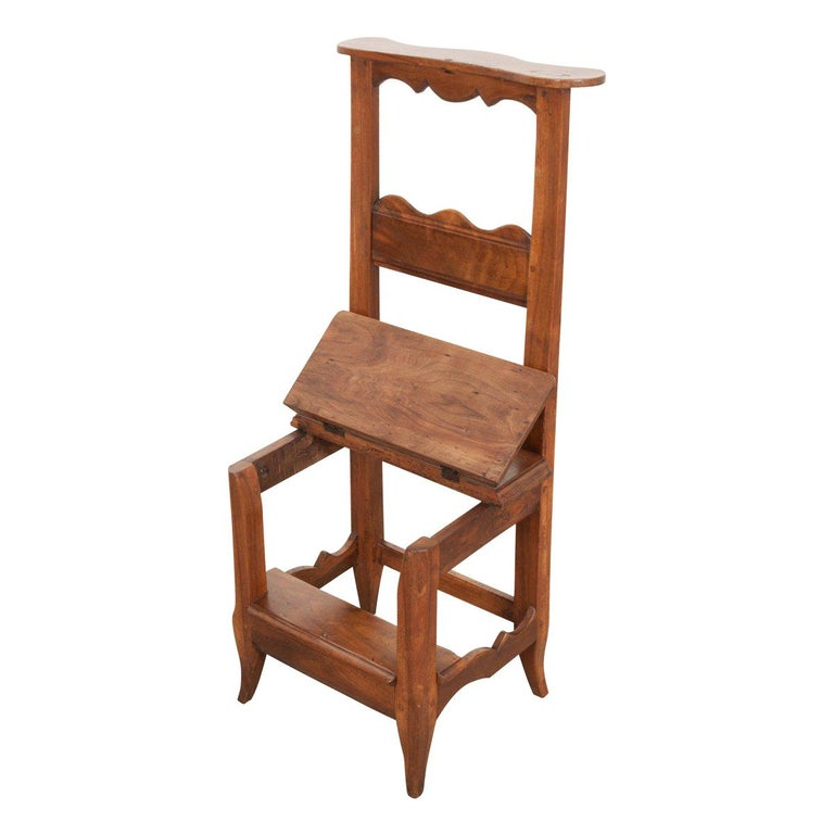 French 19th Century Provincial Walnut Prie-Dieu For Sale