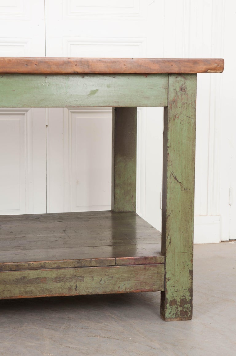 French 19th Century Provincial Walnut Work Table For Sale 4