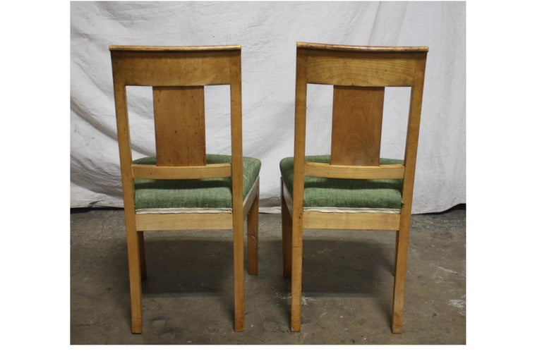 French 19th Century Restauration Dining Room Chairs For Sale 4