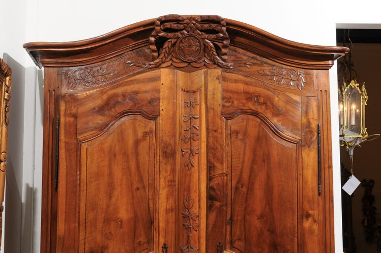 French 19th Century Transition Style Provençale Carved Wedding Armoire In Good Condition For Sale In Atlanta, GA
