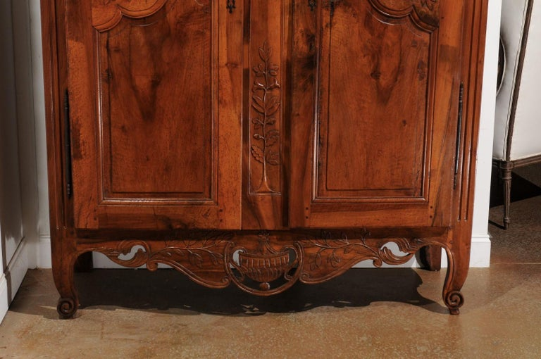 French 19th Century Transition Style Provençale Carved Wedding Armoire For Sale 1