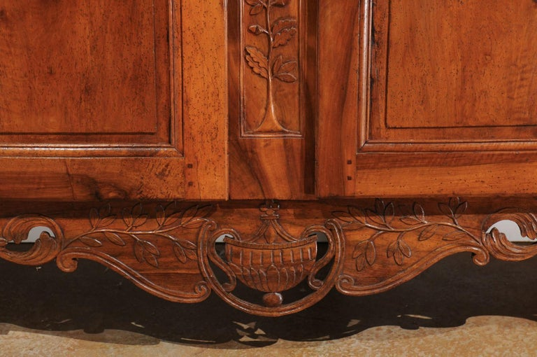 French 19th Century Transition Style Provençale Carved Wedding Armoire For Sale 2
