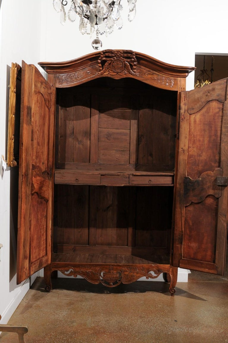 French 19th Century Transition Style Provençale Carved Wedding Armoire For Sale 3
