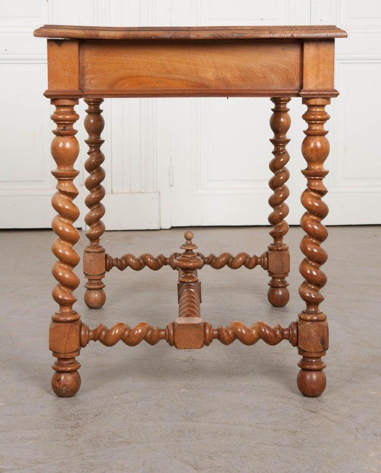 French 19th Century Walnut Barley Twist Desk Table For Sale 1
