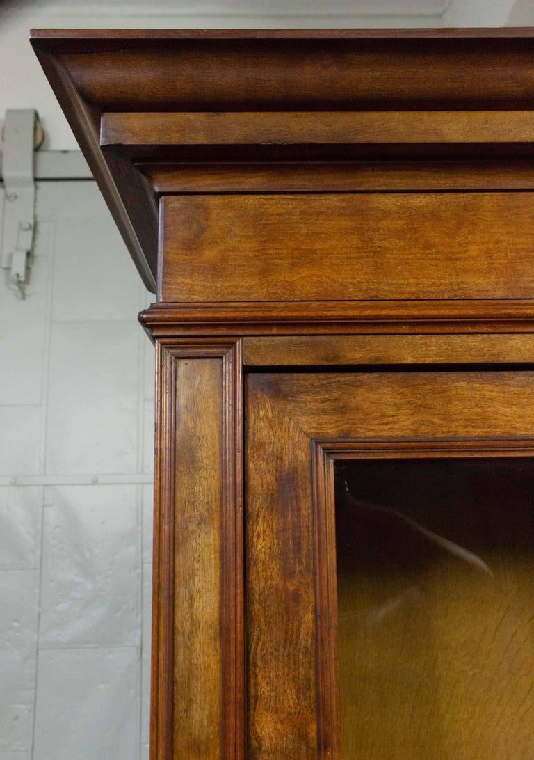 French 19th Century Walnut Bookcase with Original Glass Door In Good Condition For Sale In Long Island City, NY