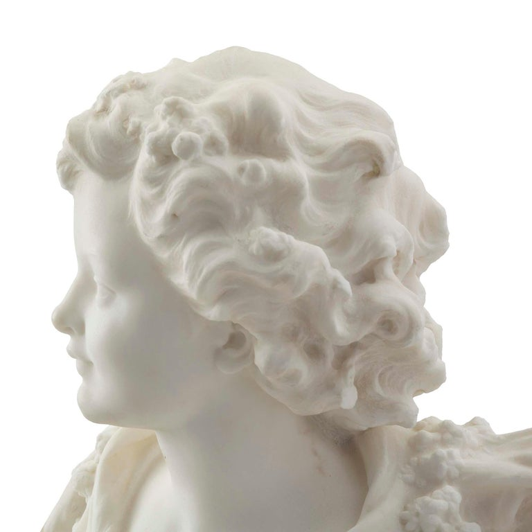 French 19th Century White Carrara Marble Bust of a Young Lady In Good Condition For Sale In West Palm Beach, FL