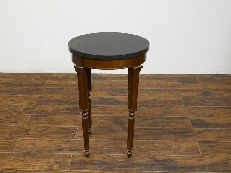 French 19th Century Wooden Guéridon Table with Circular Black Marble Top For Sale 1