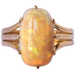 French 20th Century Australian Opal 18 Karat Yellow Gold Ring