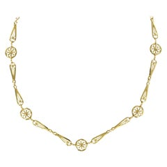 French 20th Century Belle Époque Yellow Gold Filigree Necklace