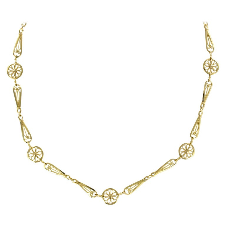 French 20th Century Belle Époque Yellow Gold Filigree Necklace For Sale