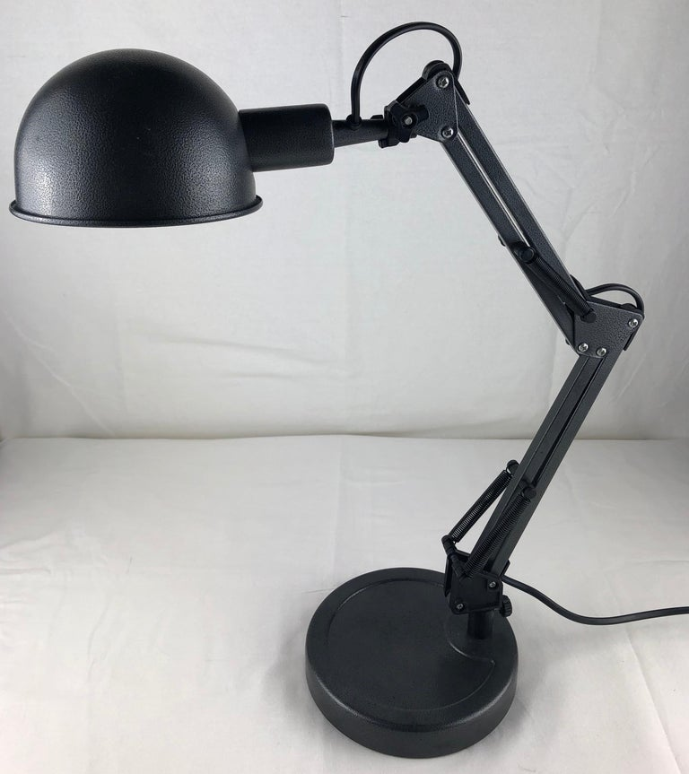 Aluminum French 20th Century Industrial Style Articulated Table or Desk Lamp For Sale