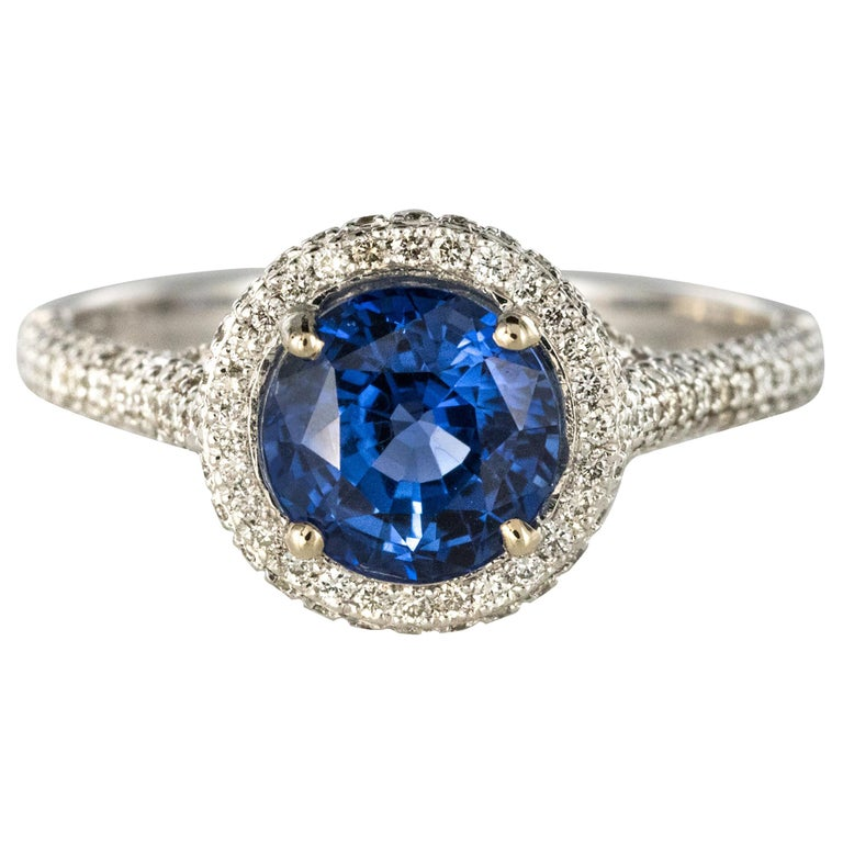 French 2.26 Carat Royal Blue Ceylon Sapphire Diamonds Ring For Sale