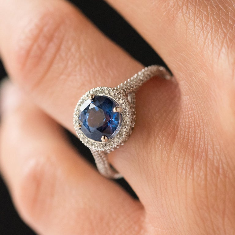 French 2.26 Carat Royal Blue Ceylon Sapphire Diamonds Ring For Sale 9