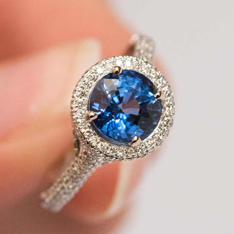 French 2.26 Carat Royal Blue Ceylon Sapphire Diamonds Ring For Sale 11