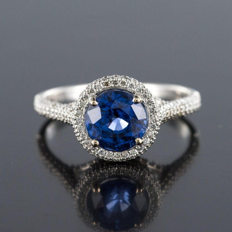French 2.26 Carat Royal Blue Ceylon Sapphire Diamonds Ring For Sale 1